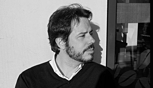 En la imagen aparece el autor cordobés Vicente Luis Mora.
